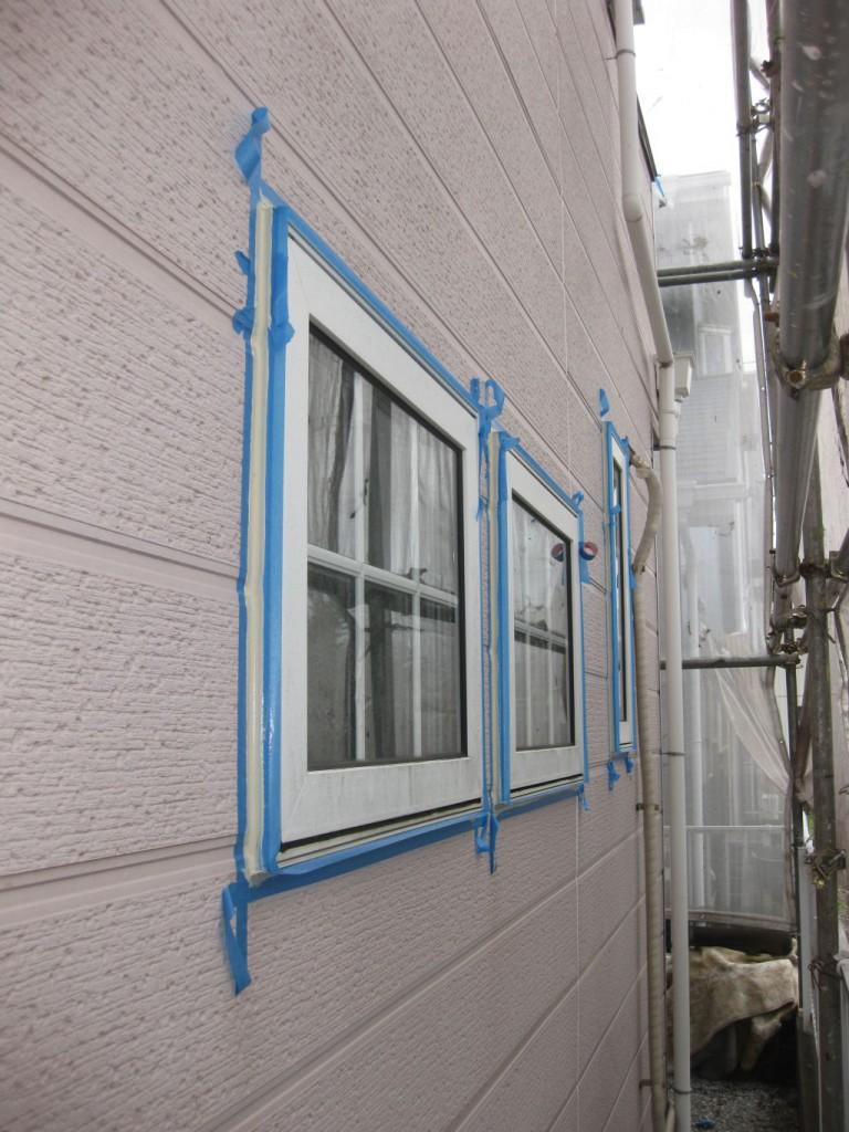 窓まわりコーキング補修