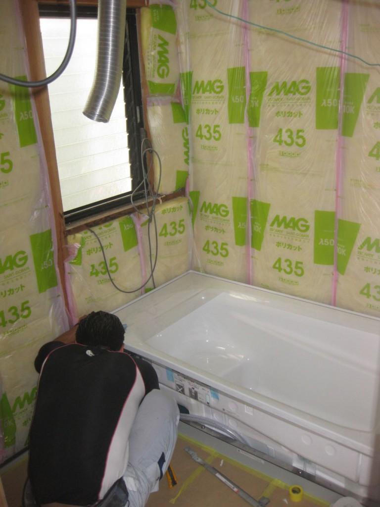 防水パン、浴槽セット設置